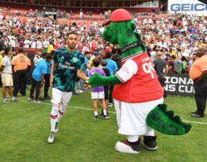 Ozil Arsenal Gunnersarus